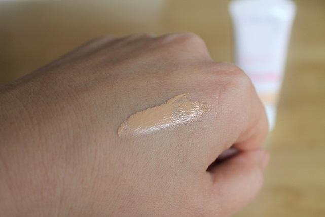 肌荒れ中のファンデーションの選び方